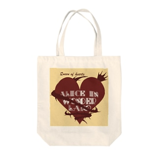 queen of hearts Tote bags
