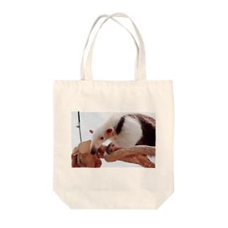 アリクイ Tote bags