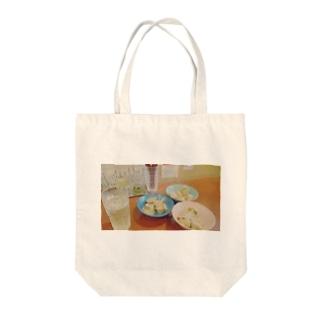 餃子 Tote bags