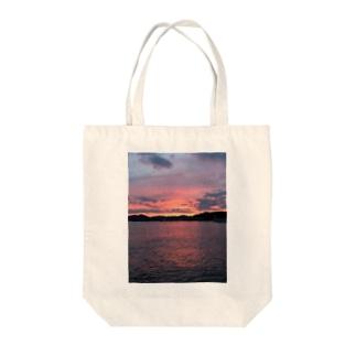 桜色夕景 Tote bags
