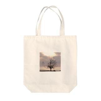 人恋しい季節Tとトートとケース Tote bags