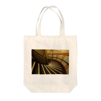 イギリスの階段の写真 Tote bags