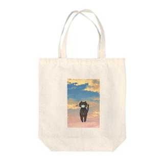 季節の変わり目 背景あり Tote bags