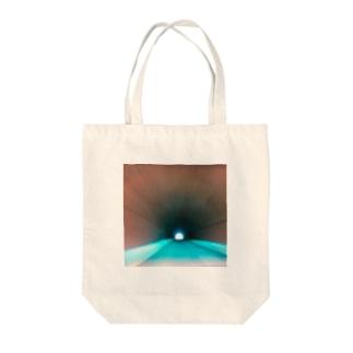 タイムスリップ Tote bags