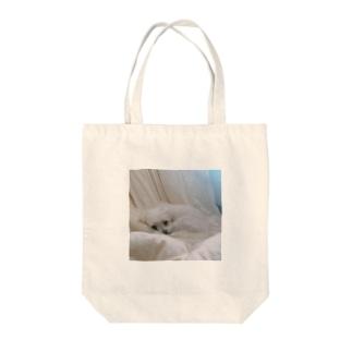 ねるイヌ Tote bags