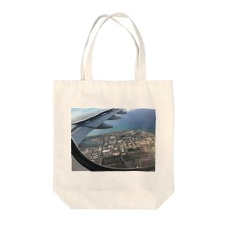 NATSUKO-SHOPの飛行機の窓から Tote bags