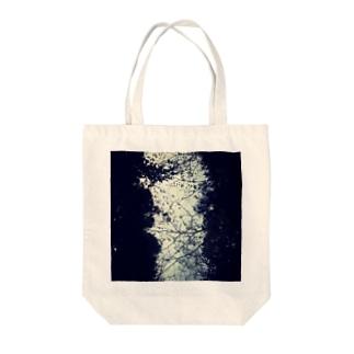 空のゆかり Tote bags