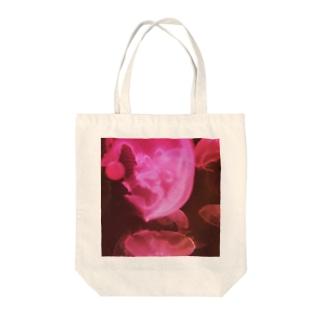 赤いくらげ Tote bags