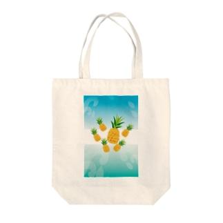 パイナップルが可愛いフルーツのイラスト Tote bags