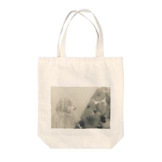 少女(モノクロ) Tote bags