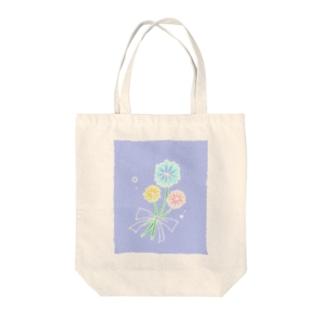 ふんわりお花 Tote bags