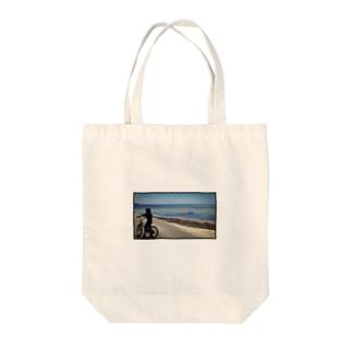 君の夏 Tote bags