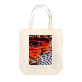 秋かた Tote bags