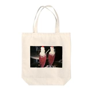ピンクの夢 Tote bags