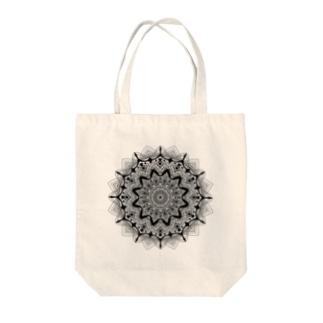 曼荼羅乃型六 Tote bags