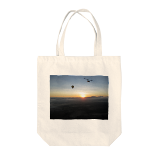 Shop Of Futureのケアンズの朝日 Tote bags
