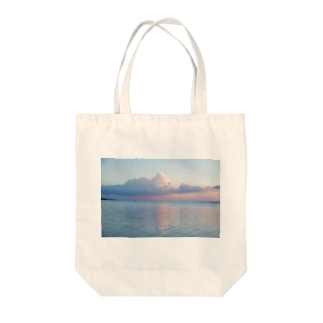 Deep colors of life Tote bags