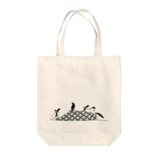 ペンギンズ Tote bags