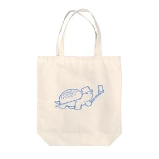 かめ Tote bags