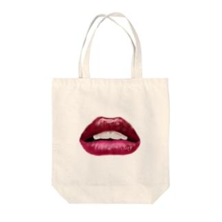 LOVE リップ Tote bags