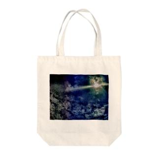 おとといの月 Tote bags