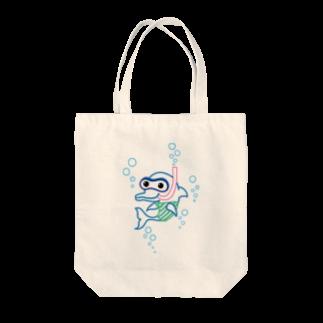 Ayano & Dolphinのスノーケルするイルカ♪ Tote bags