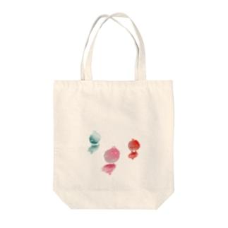 ぴよちたち Tote bags