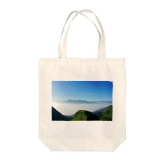 ラピュタの道 Tote bags