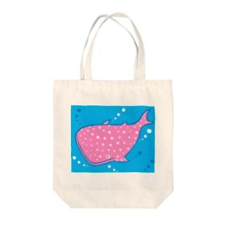 ピンクジンベイ Tote bags