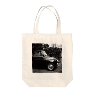 くるま Tote bags