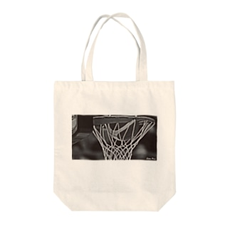 BASKETBALL PHOTO Tote bags