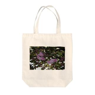 残った桜 Tote bags