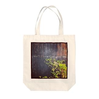錆 Tote bags