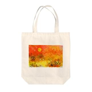 春を待つ Tote bags