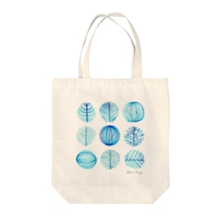 winter blue Tote bags