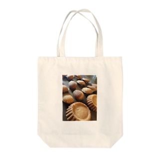 madeleine Tote bags