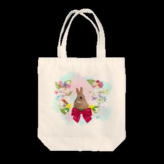 T_kinatsuのうさぎと花 Tote bags