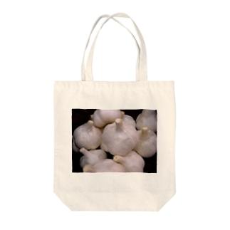ニンニク Tote bags