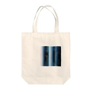 地下鉄1 Tote bags