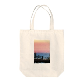 地下鉄3 Tote bags