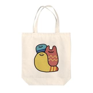 カラフルな謎の生き物3人 Tote bags