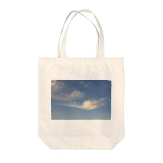 ・とっておきの日が生まれた・ Tote bags