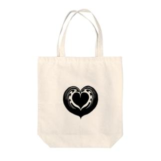 【ラテアート】ブラックハートインハート Tote bags