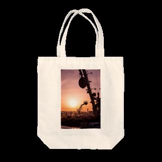 写真プリントの夕焼け小焼け Tote bags