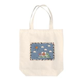 日光浴するハナちゃん Tote bags