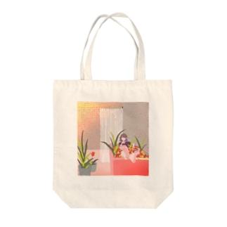 浴室 Tote bags