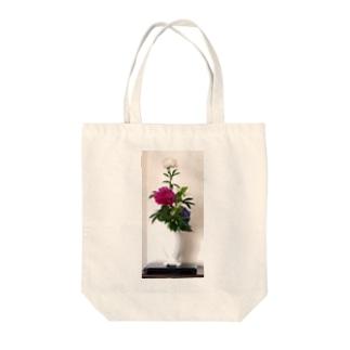 Ikebana いけばな Tote bags