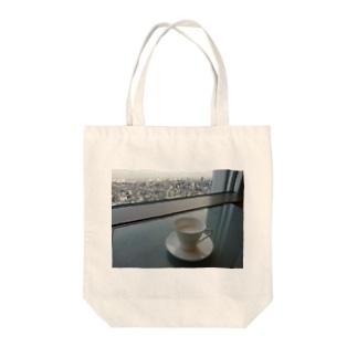 くつろぎ Tote bags