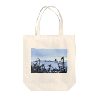 雪山2 Tote bags