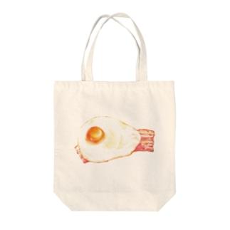 目玉焼き Tote bags
